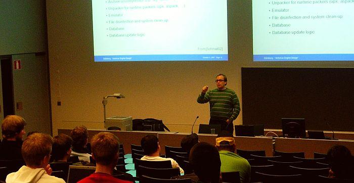 Mika Stahlberg giving a lecture on AV engine design