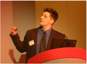 Peter Szor presenting a paper for Data Fellows Oy in Virus Bulletin 1998 in M�nich